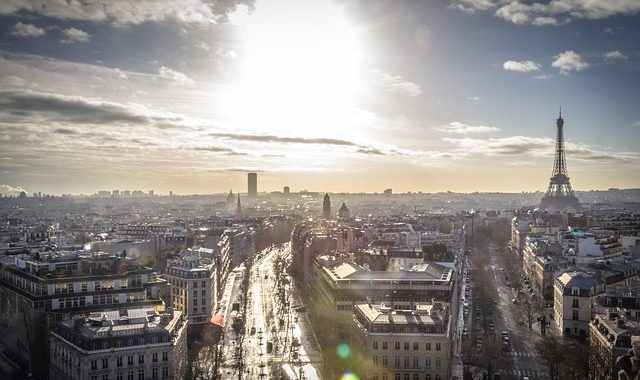 French companies sign manifesto for AI use