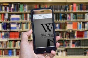 Wikipedia: A battleground for media censorship