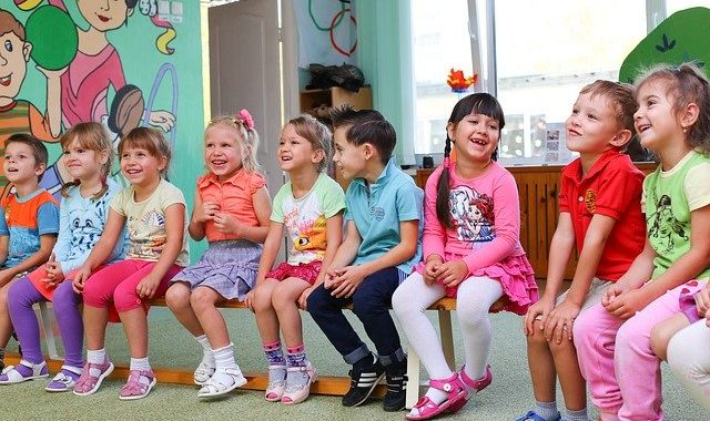 Petition for screen-free kindergarten, day care, and primary school launched