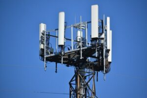 Scientist: Cellphone radiation is harmful, here are some ways you can protect yourself